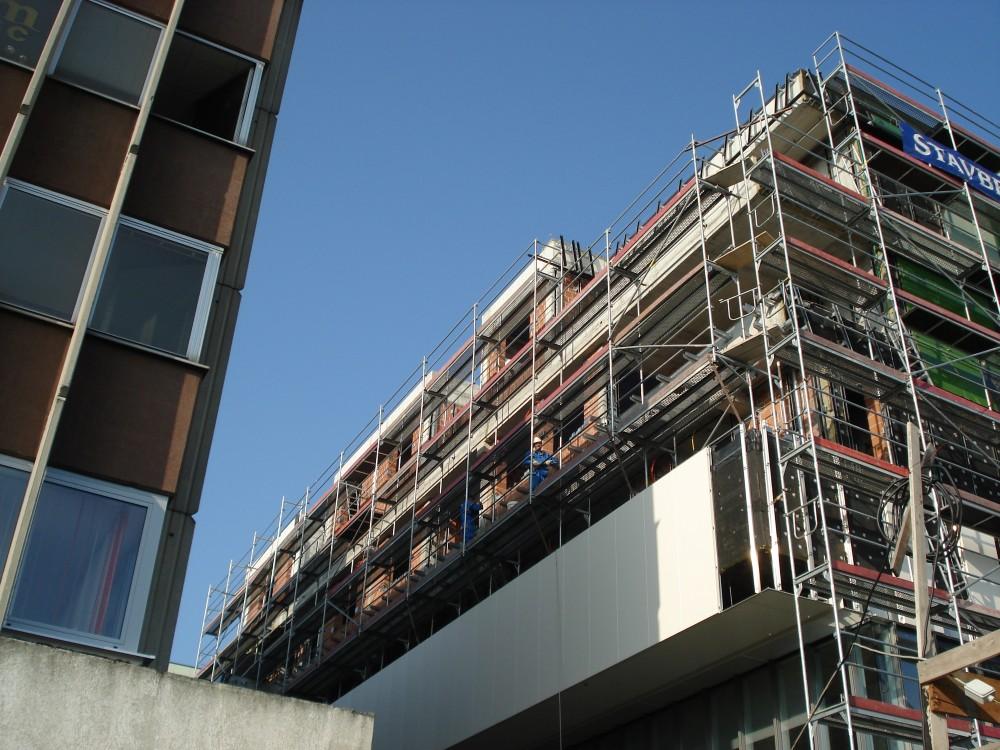 Modularni, prostorski in industrijski odri